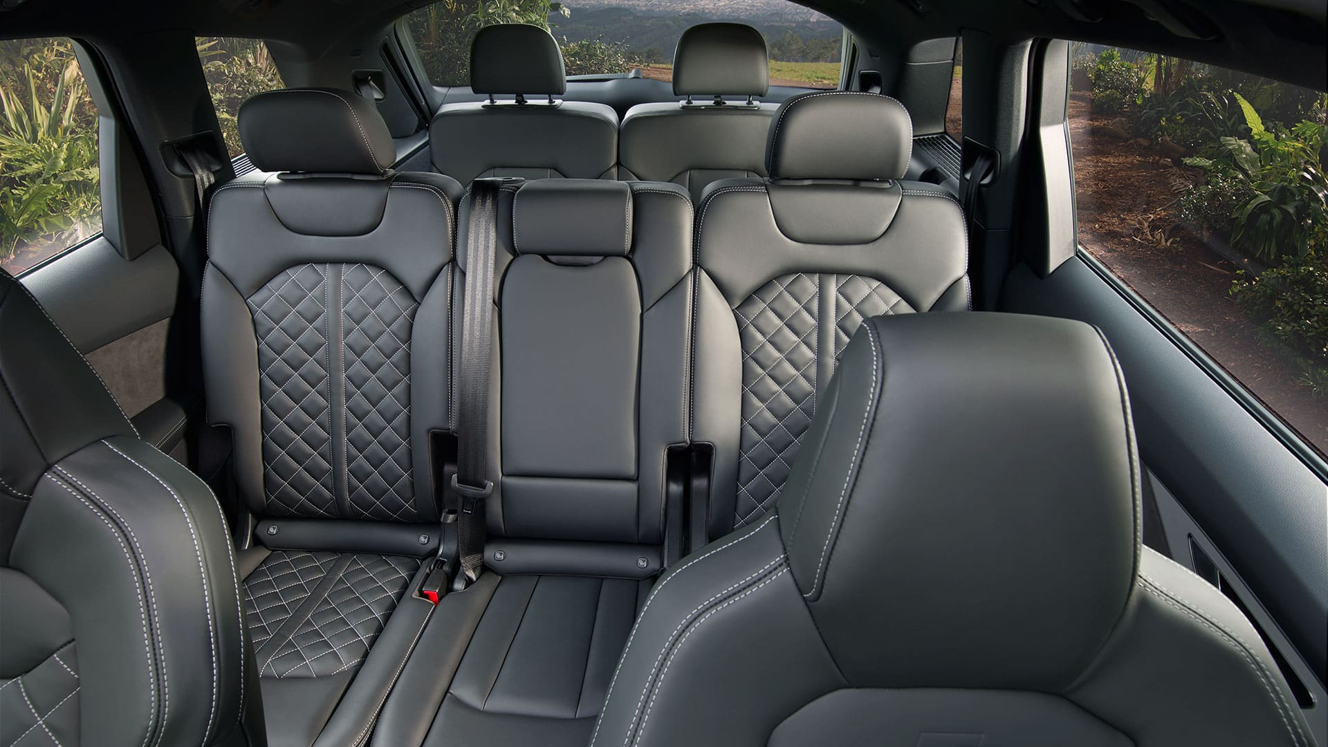 Interior space Audi Q7