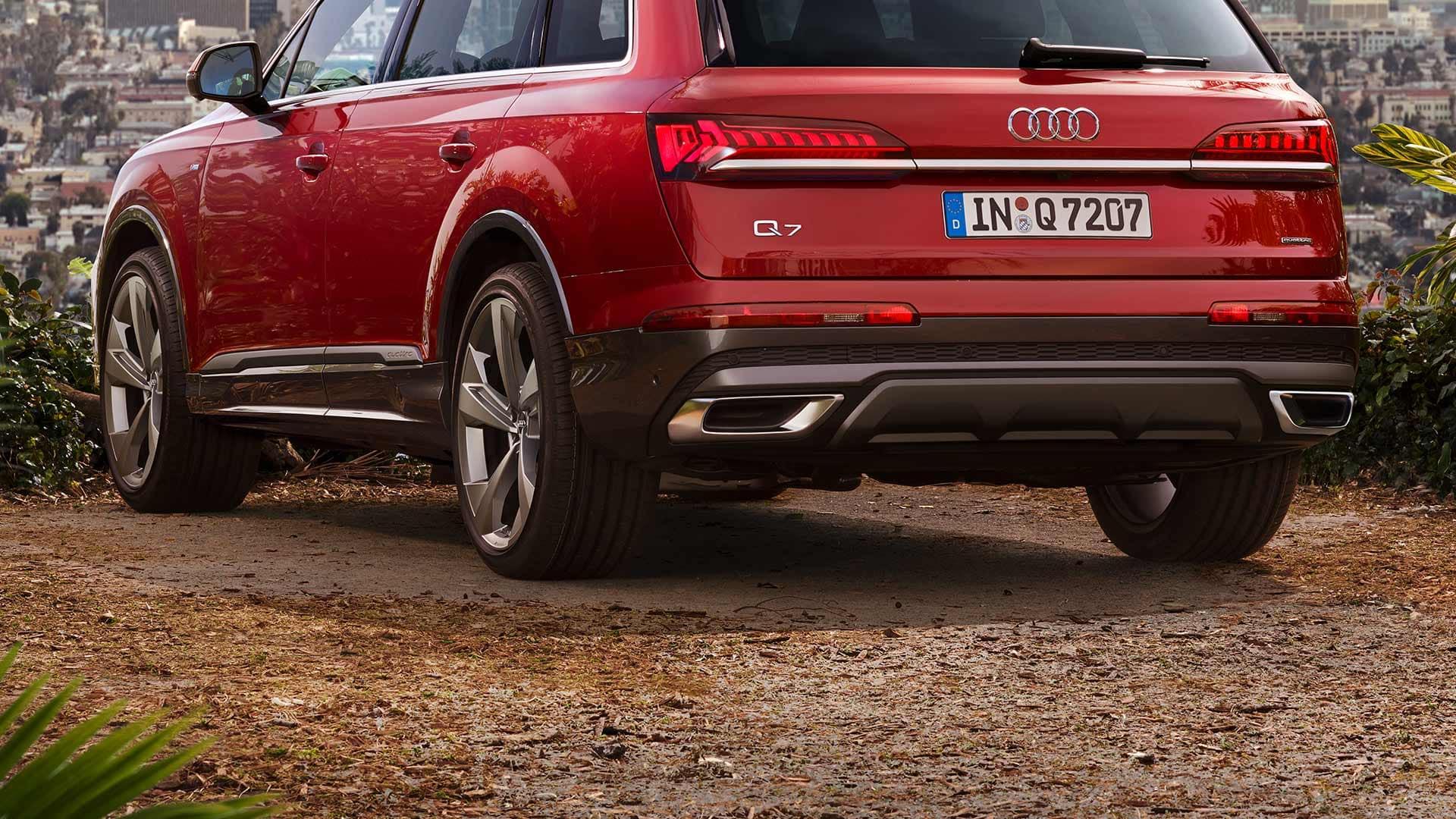 Der Audi Q7 in der Heckansicht